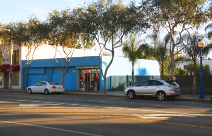 7424 – 7426 Santa Monica Blvd