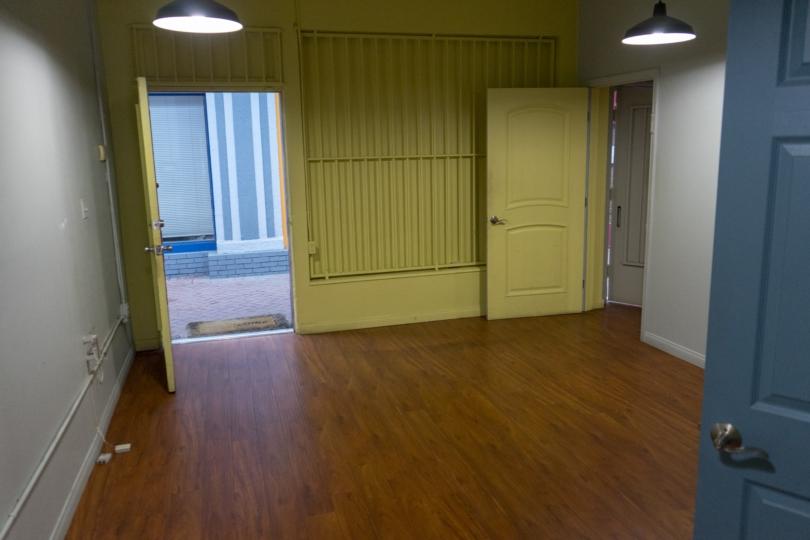 1427 S Robertson Blvd - Office 2