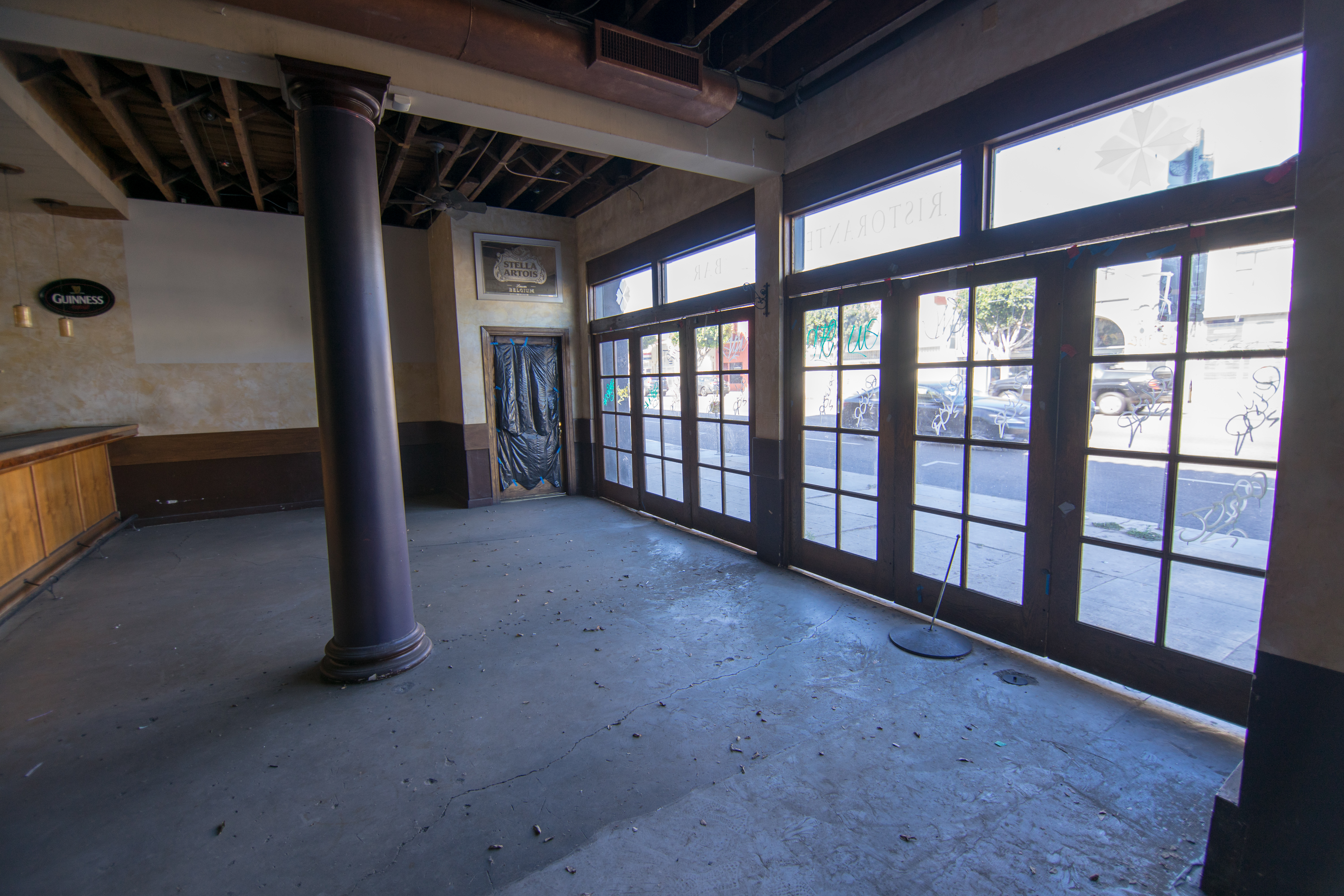1st Floor Windows and Dining Area
